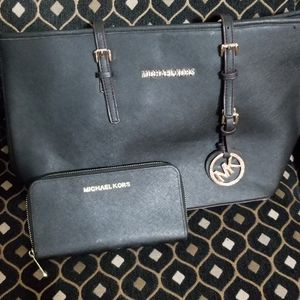 Mk set bag for Sale in El Mirage, AZ