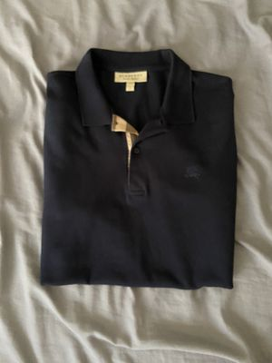 Burberry shirt men's for Sale in Warrensville Heights, OH