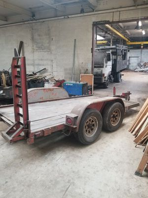 Bobcat trailer for sale.. **no title just bill of sale** for Sale in Chicago, IL