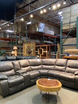 New & In Stock! Manual Reclining Sectional Only $1699! for Sale in Vancouver,  WA