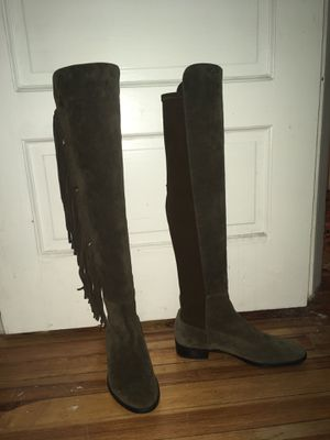Stuart Weitzman 5050 Mane Fringe Boot size 9- Brown for Sale in Cleveland, OH