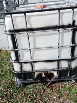 275 Gallon Water Tank for Sale in Miami,  FL