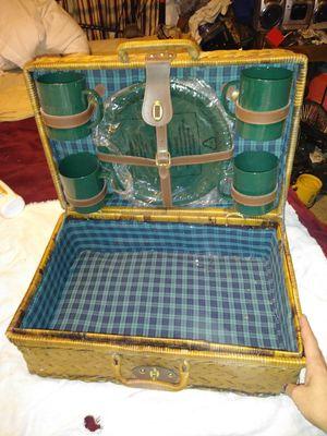 Whicker picnic basket for Sale in Saint Joseph, MO