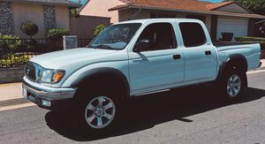 Clean CarFax 2003 Toyota Tacoma Automatic Trasmission for Sale in Windsor, ON