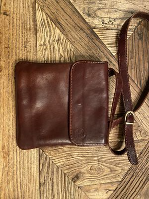 Italian leather messenger bag/purse for Sale in Lake Forest Park, WA