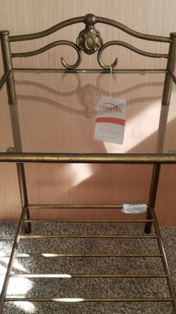 2 Gorgeous Brushed Gold End Tables Night Stands for Sale in Lacey,  WA