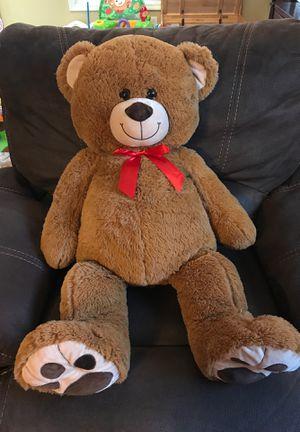 GIANT Teddy bear for Sale in Lawrenceville, GA