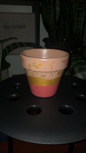 "Hand Pinted 4"" Clay plant pot for Sale in Los Angeles, CA"