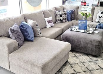FREE DELIVERY ‼️NEW GREY LARGE SECTIONAL SOFA COUCH for Sale in Oviedo,  FL