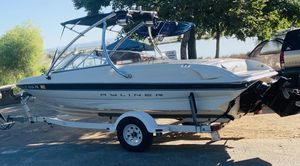 2000 BAYLINER CAPRI SKI/WAKE BOARD TOWER & SOUND SYSTEM for Sale in San Jose, CA