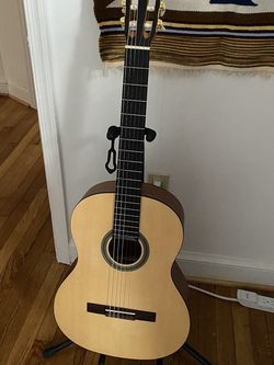 Acoustic Nylon String Guitar for Sale in Arlington,  VA