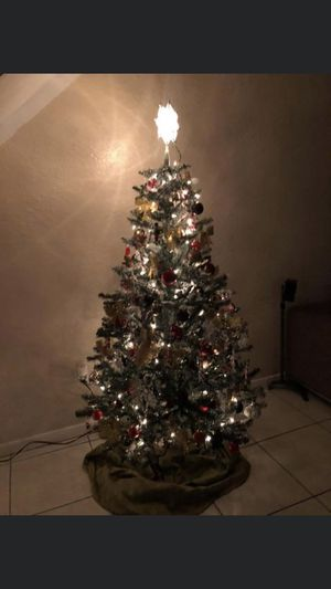 6 foot Christmas tree for Sale in West Palm Beach, FL