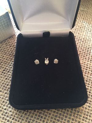 Diamond earrings and pendant 14k white gold for Sale in Ocoee, FL