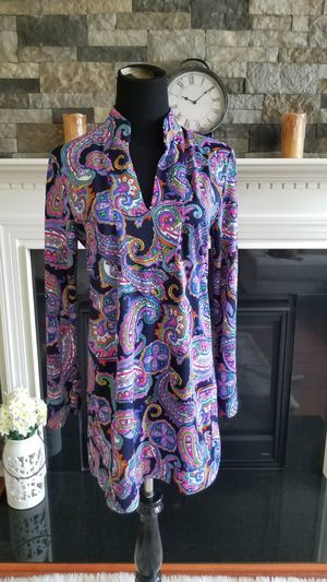 Jude connally chris paisley tunic sz medium for Sale in Woolwich Township, NJ