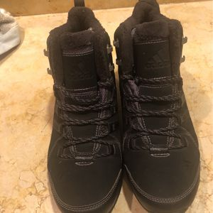 Adidas clima proof boot for Sale in Everett, WA