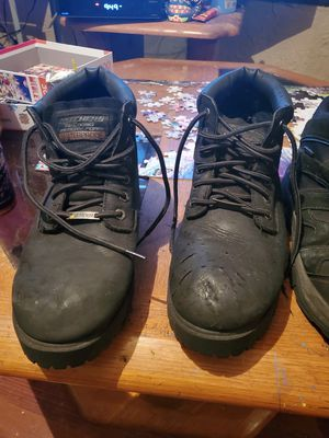 Free work boots for Sale in Orlando, FL