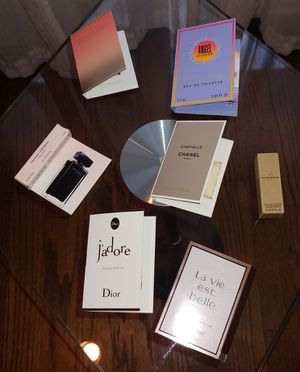 7 Women's Designer Perfume Sample Vials--Brand New for Sale in Mount Prospect, IL