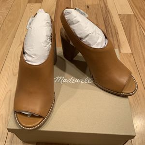 NEW madewell Cary sandal amber brown leather heels for Sale in Hillsboro, OR