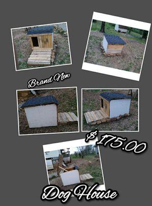 Dog house for Sale in Oak Ridge, TN