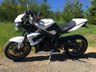 2012 Triumph Street Triple R for Sale in Tigard,  OR