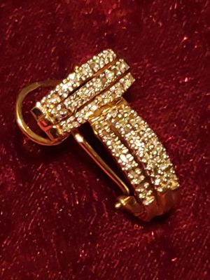 DIAMOND & 14k gold earrings for Sale in Tampa, FL