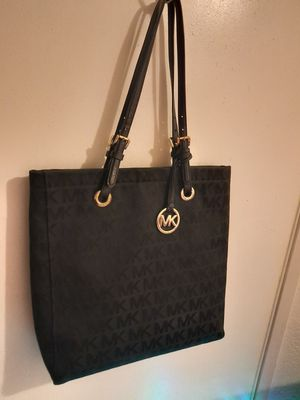 Authentic Michael Kors Purse for Sale in Banning, CA