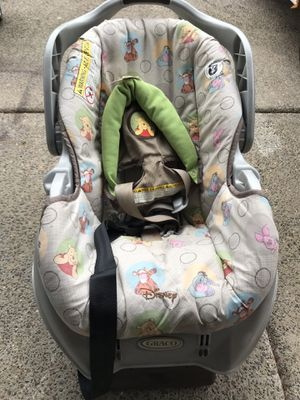 Graco car seat with base. for Sale in Portland, OR