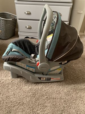 Graco baby car seat for Sale in Phoenix, AZ