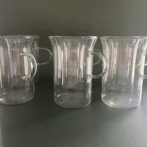 """Vintage Antique Set of 6 1950's 4"""" high clear glass coffee cups tea cup plus a 4"""" creamer No Damage for Sale in Fort Lauderdale, FL"""