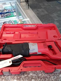 Milwaukee 13 Amp Orbital Reciprocating Saw for Sale in Willoughby Hills,  OH