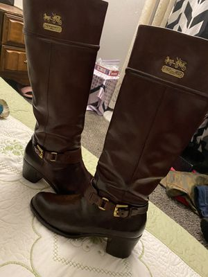 Coach boots size 6 fit a 7 women's $40 for Sale in Las Vegas, NV