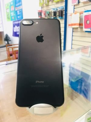 IPhone 7 Plus 32 GB Unlocked for Sale in Malden, MA