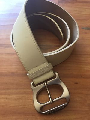 Michael Kors, off white belt. Sz Medium for Sale in San Marcos, CA