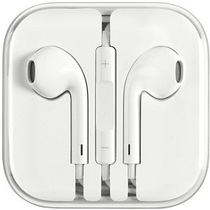 New Apple Earphones w/ Remote and Mic for Sale in Millersville, PA