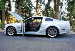 Traction Control07 Ford Mustang Saleen for Sale in Oakland, CA