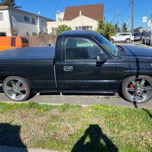 Chevy Silverado 2003 Estándar 6 Cilindros for Sale in Richmond, CA