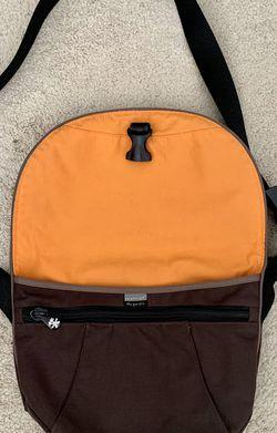 Crumpler Australia Small Messenger Bag Brown for Sale in Framingham,  MA