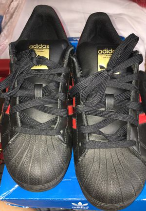 Adidas superstar for Sale in Columbus, OH