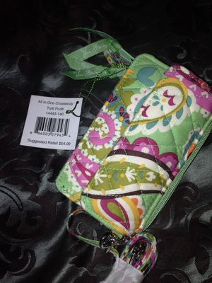 Vera Bradley Wristlet/purse holds iPhone 4s and 5s for Sale in Nashville, TN