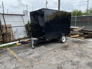 4 x 8 Enclosed Utility Trailer for Sale in Hollywood, FL
