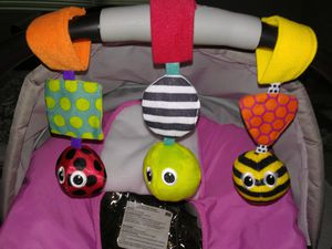 Car seat toys for Sale in Hyattsville, MD