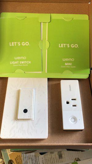 Wemo WIFI light switch + smart plug bundlev for Sale in Bakersfield, CA