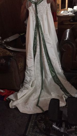 Wedding Dress for Sale in Fort Worth, TX
