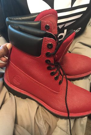 Red mesh timberlands for Sale in Portland, OR
