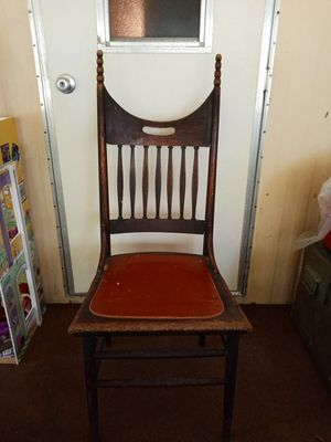 Antique chair for Sale in Saint Inigoes, MD
