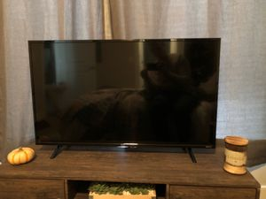 2018 TCL smart TV. Asking $150, paid $420 for Sale in Sterling, VA
