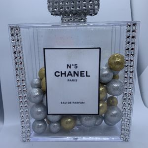 chanel Perfum decoration Size 5''x5''x1.76H for Sale in Hollywood, FL