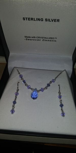 Crystallized Swarovski necklace and earrings for Sale in Canby, OR