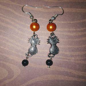 Cat Earrings for Sale in Batesburg-Leesville, SC