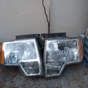 Ford Lariat Headlights for Sale in Hialeah, FL